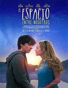 El espacio entre nosotros (2017)